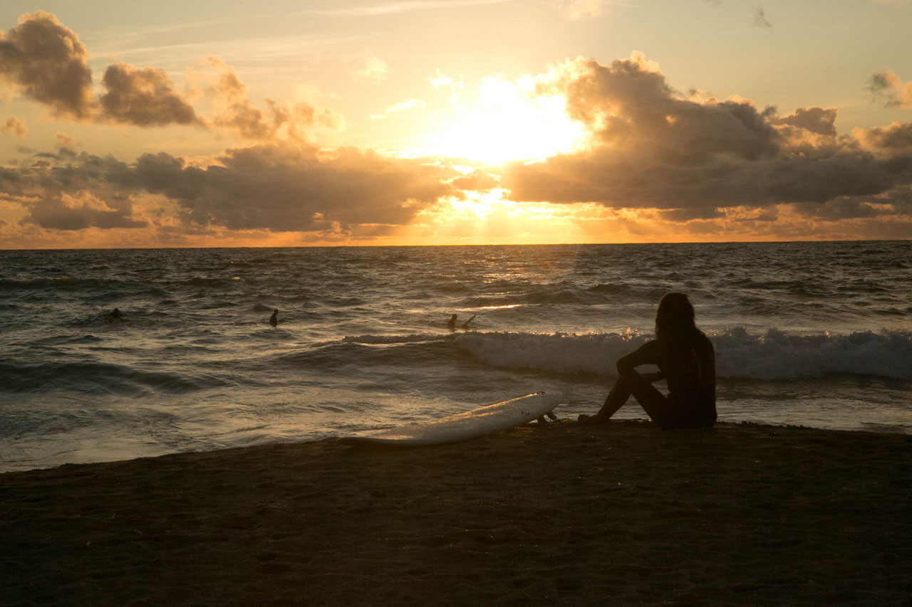 Marketing Imagery - surfer at sunset
